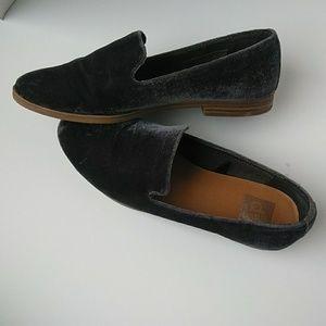 Dolce Vita Shoes - Dolce Vita blue velvet loafers